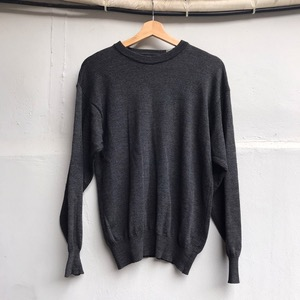 Brooks brothers virgin wool crew neck sweater (95)